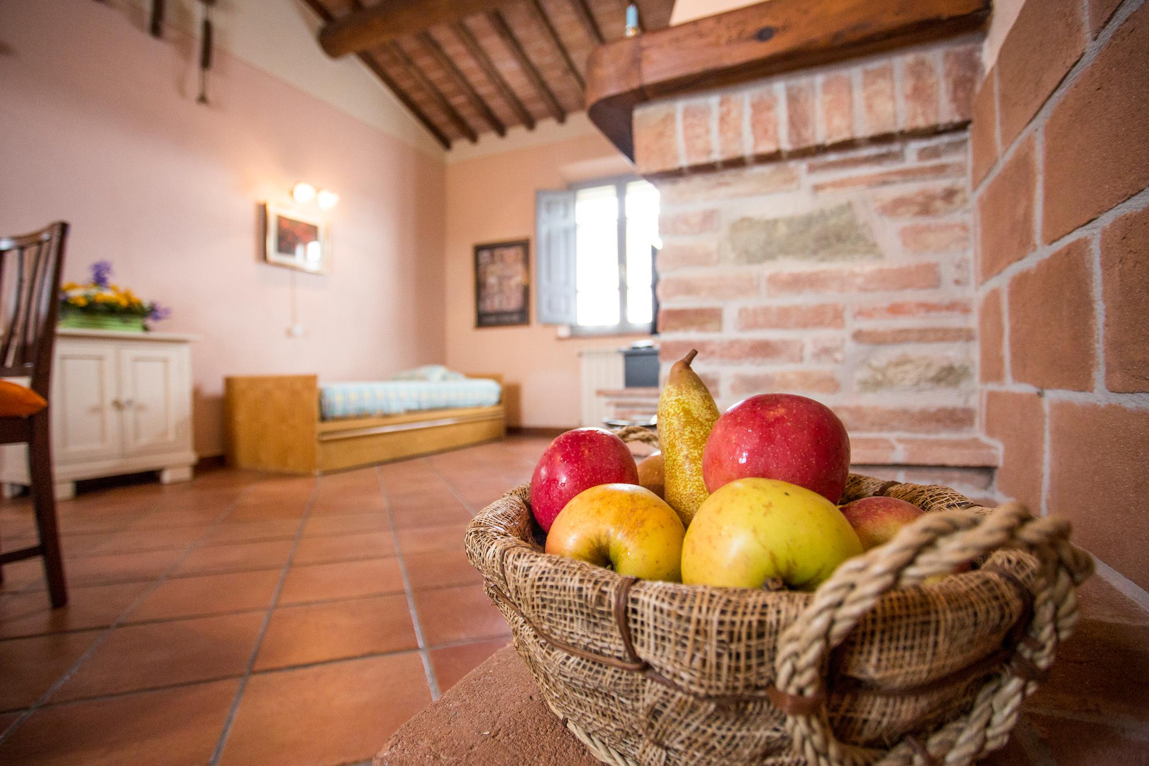 Apartments with swimming pool in Foiano della Chiana, near Cortona, Arezzo